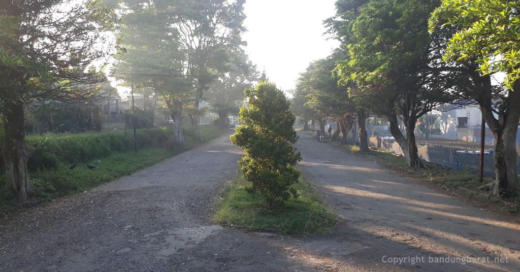 Akses Jalan Perumahan Katumiri